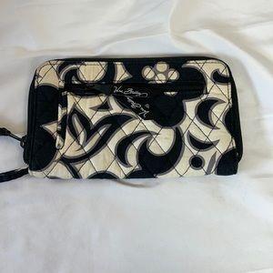 Vera Bradley Bi Fold Cotton Purse/Wallet/Wristlet
